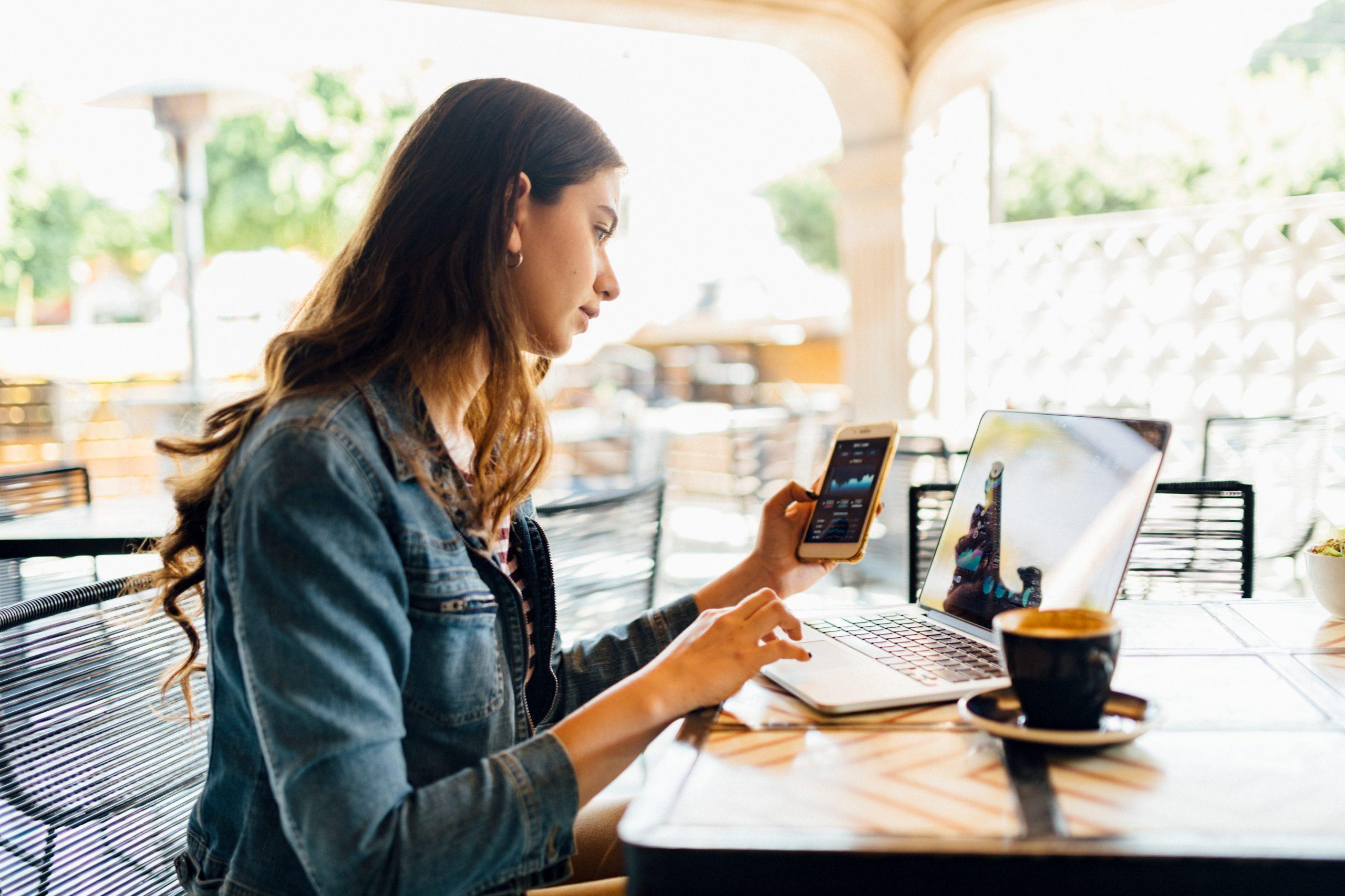Millennials woman working in coffeeshop